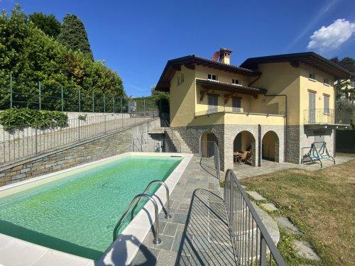 Villa a Menaggio