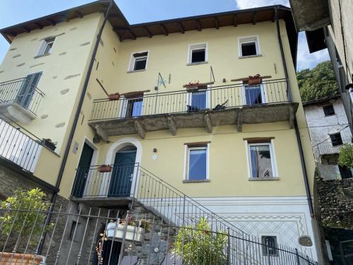 Doppelhaushälfte in San Siro