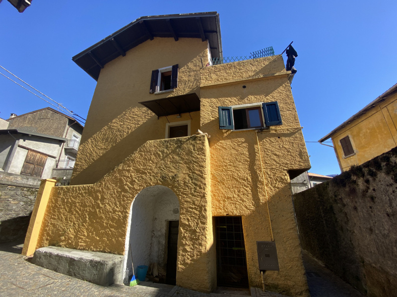Semi-detached house in Cremia
