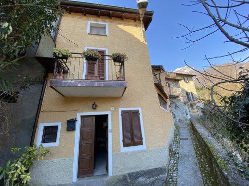 Detached house in Tremezzina