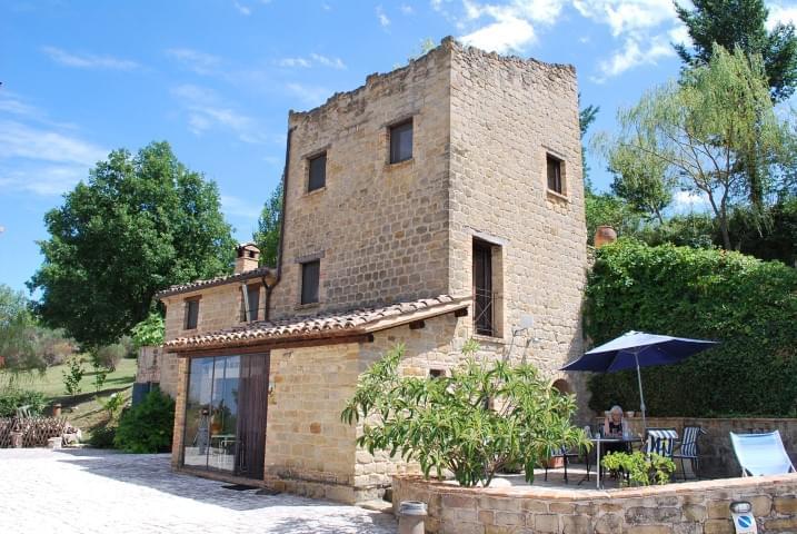 Сельский дом в Гуальдо