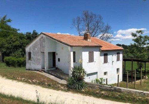 Landhaus in Montottone