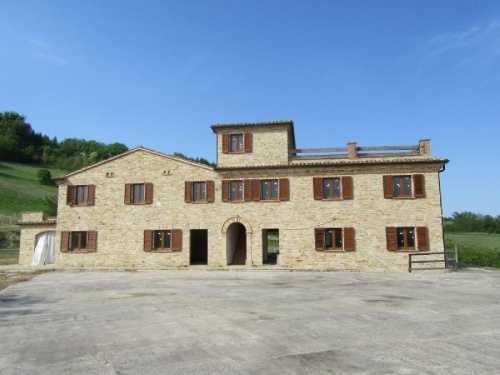 Country house in Montelparo