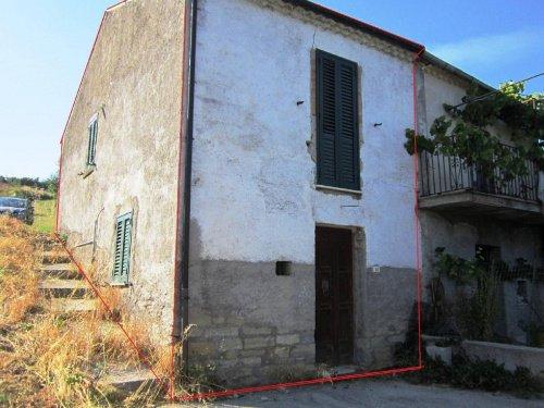Masseria (lantgårdshus) i Pietrabbondante
