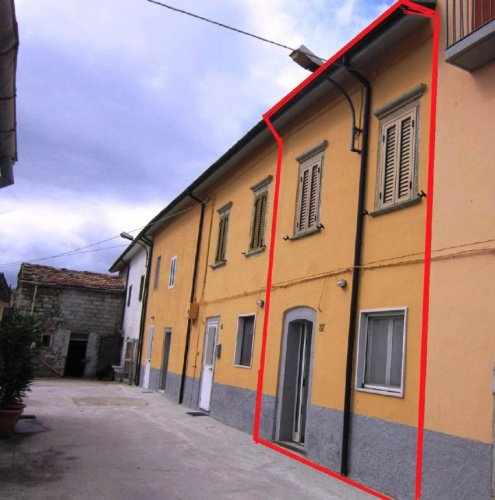 Detached house in Agnone