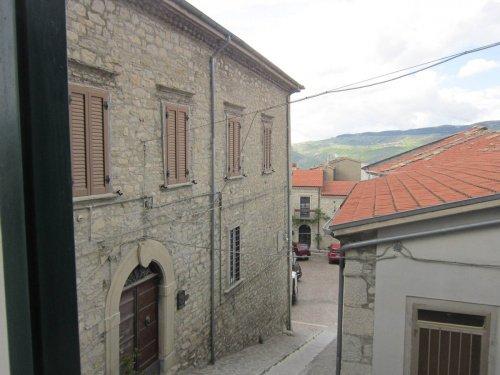 Palace in Belmonte del Sannio