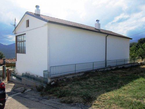 Einfamilienhaus in Schiavi di Abruzzo