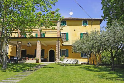 Villa i Monzambano