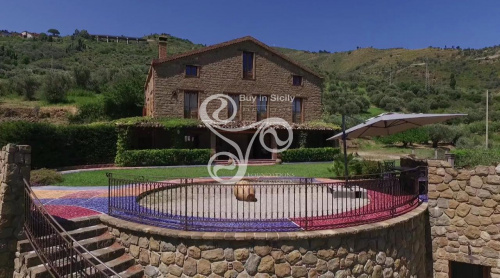 Villa in Reitano