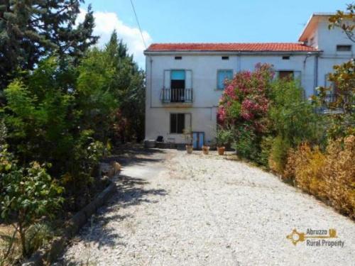 Doppelhaushälfte in Atessa