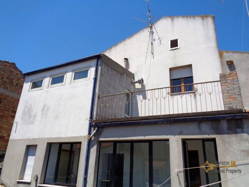 Doppelhaushälfte in Tavenna
