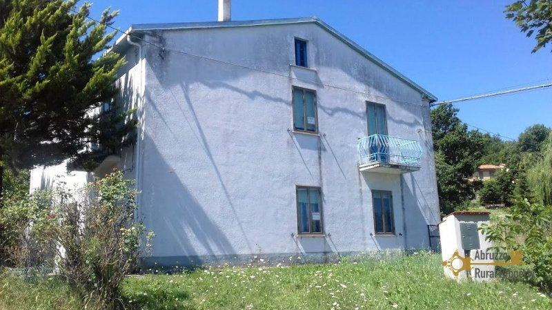 Einfamilienhaus in Roccaspinalveti