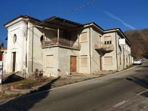 卡斯泰利诺塔纳罗半独立房屋