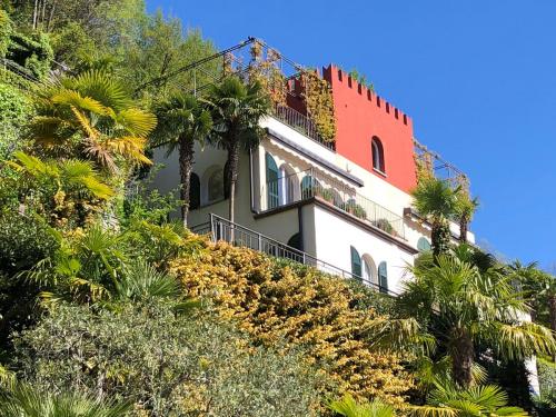 Villa in Carate Urio