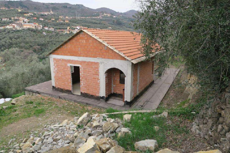 Haus in Diano San Pietro