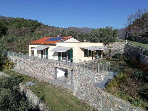 Villa in Diano Castello