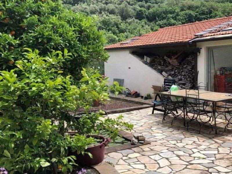 Einfamilienhaus in Diano San Pietro