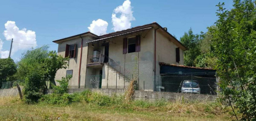 菲拉蒂耶拉独栋房屋