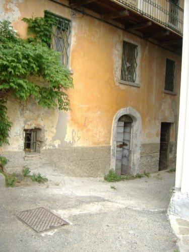 莫尔贝尼奥房屋