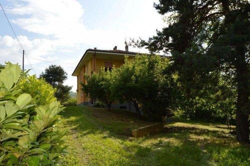 Villa en Cassinasco