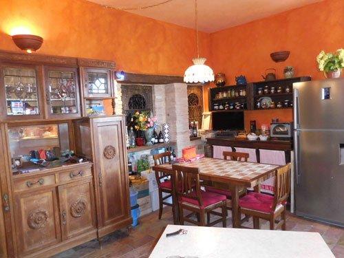 Historisk lägenhet i Cupramontana