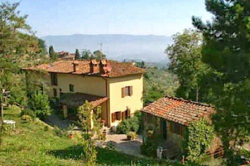 Klein huisje op het platteland in Montevarchi