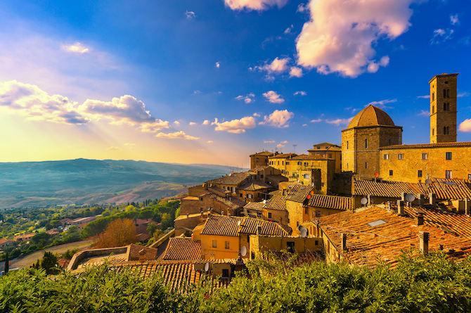 Gebouw in Volterra