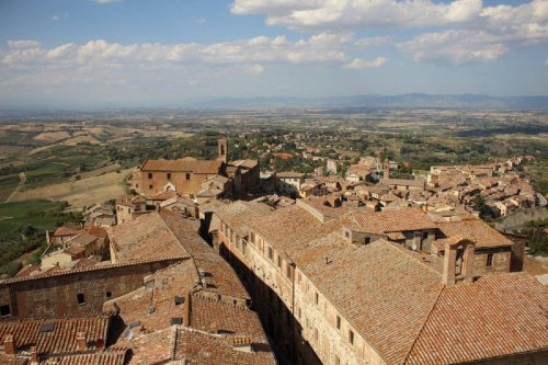 Commercial property in Montepulciano