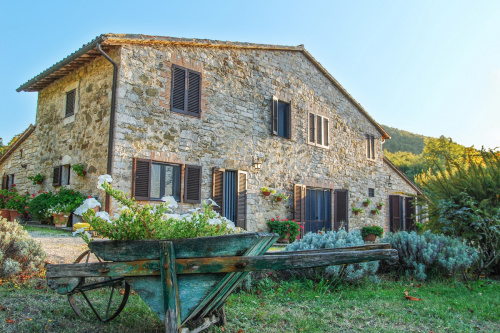 Farmhouse in Baschi