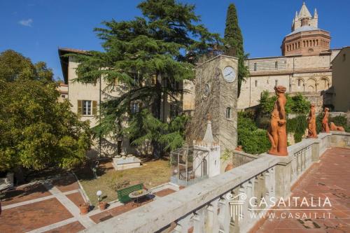 Historisches Haus in Massa Marittima