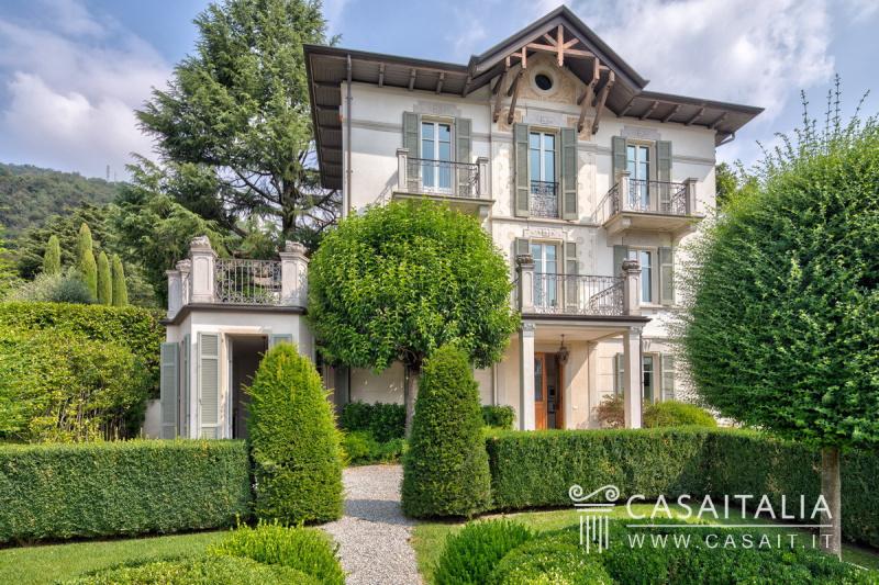 Villa in Cernobbio