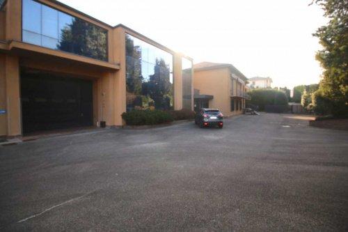 Zakelijk onroerend goed in Cucciago