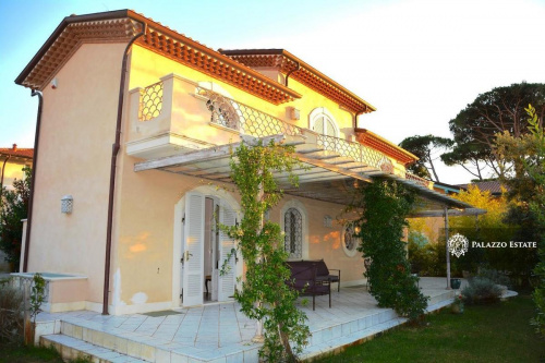 Villa i Pietrasanta