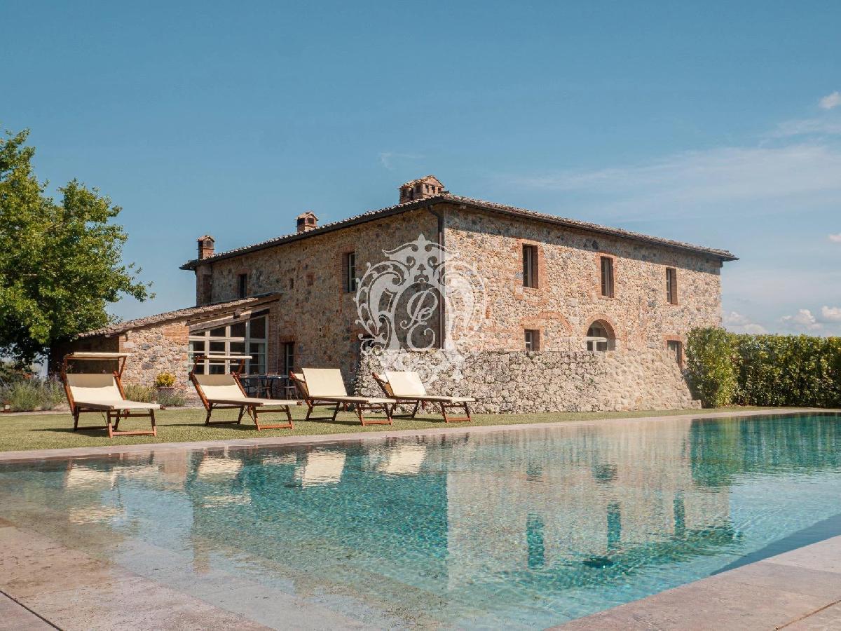 Villa a Monteriggioni