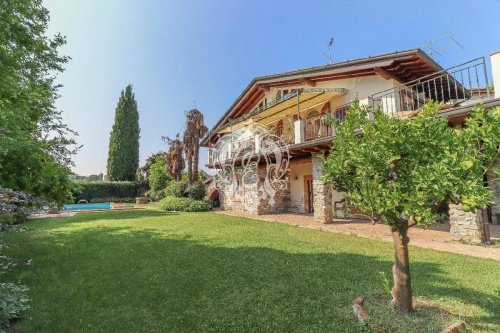 Villa i Padenghe sul Garda