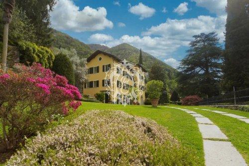 Villa in Blevio