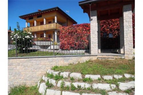 Casa semi indipendente a Riva di Solto