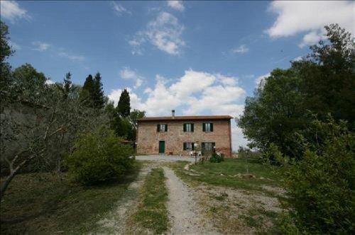 Casa independiente en Lucignano