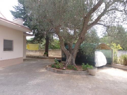Villa i Latiano