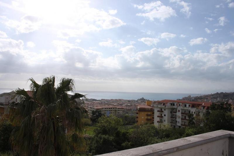 Apartamento independiente en Scalea