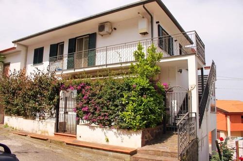 Eigenständiges Appartement in Santa Maria del Cedro