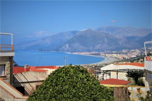 Fristående lägenhet i San Nicola Arcella