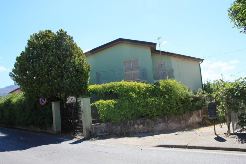 Doppelhaushälfte in Santa Maria del Cedro