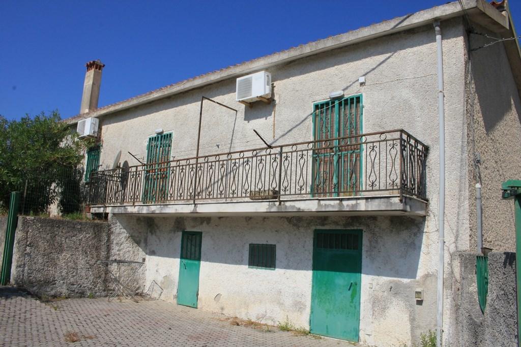 Einfamilienhaus in San Nicola Arcella