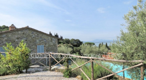 Villa in Magione
