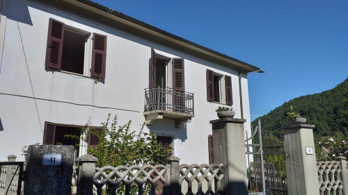 Detached house in Fivizzano