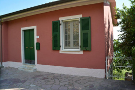 House in Fivizzano