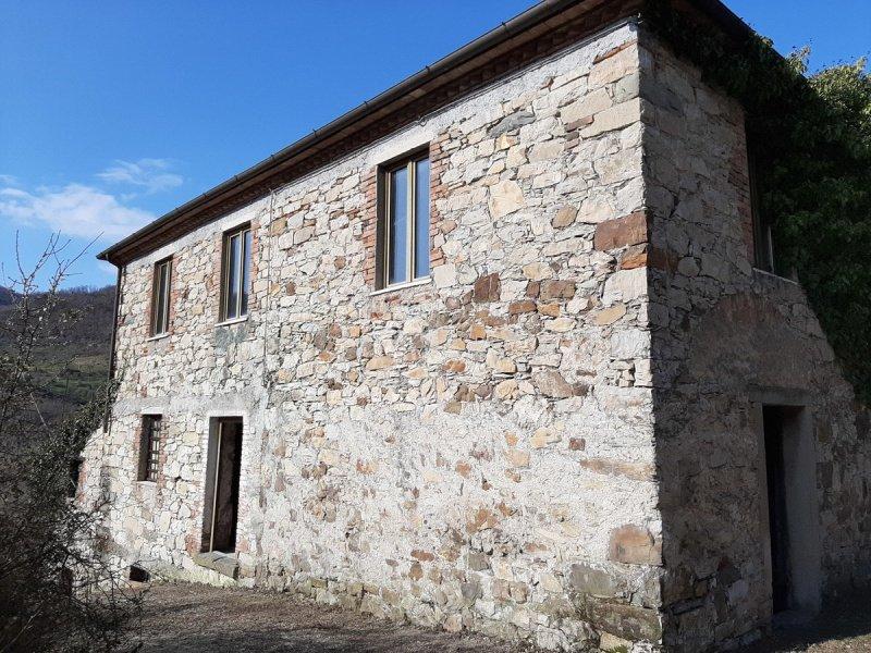 Отдельно стоящий дом в Казола-ин-Луниджана