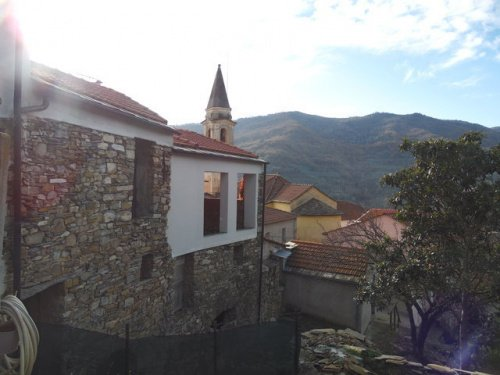 Casa de campo en Borgomaro