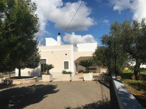 Farmhouse in Cisternino